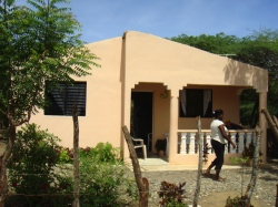 New house built by Cambiando Vidas